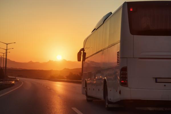 Les Avantages du voyage en autocar !